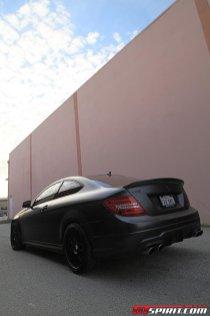 Mercedes C63 AMG Coupe Fantasy Dark Carbon Mode