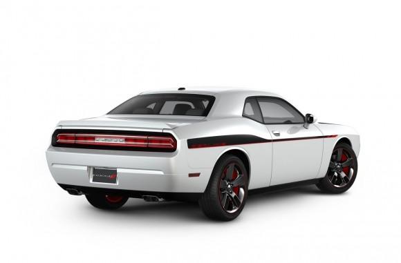 Dodge-Challenger-RT-Redline-3