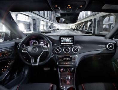 Mercedes CLA45 AMG, detalles y fotos oficiales