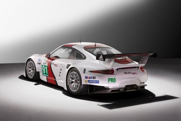 Porsche-911-RSR-2014-4
