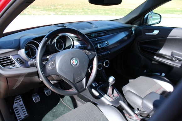 Prueba Alfa Romeo Giulietta Quadrifoglio Verde (parte 1)