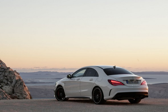 Mercedes CLA45 AMG ya disponible en España