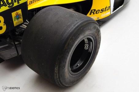 1992-minardi-f1-racer-152