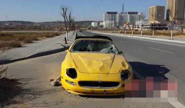 Aparece un Maserati 4200GT Spyder destrozado y abandonado en China