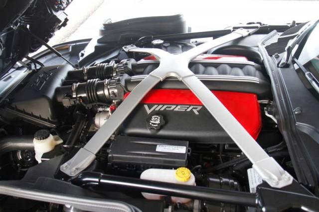 Oficial: SRT Viper GTS Venom 700R 4
