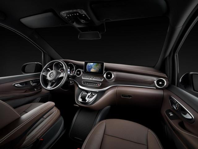 Presentación oficial del nuevo Mercedes-Benz Clase-V 1