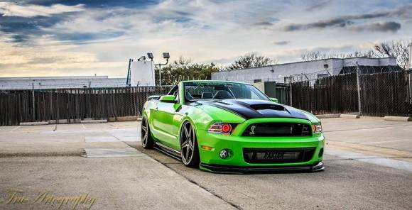 ford-mustang-convertible-1