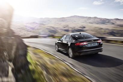 Jaguar lanza el XF R-Sport