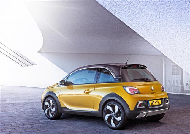 Oficial: Opel Adam Rocks de producción 2