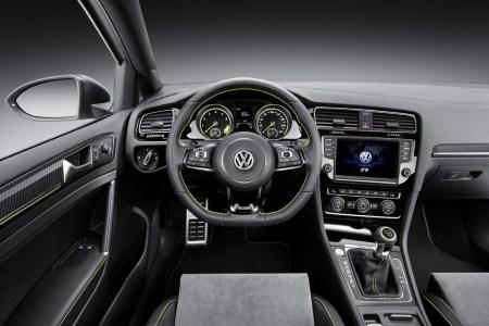 0007-007-volkswagen-golf-r-400-concept-1-1