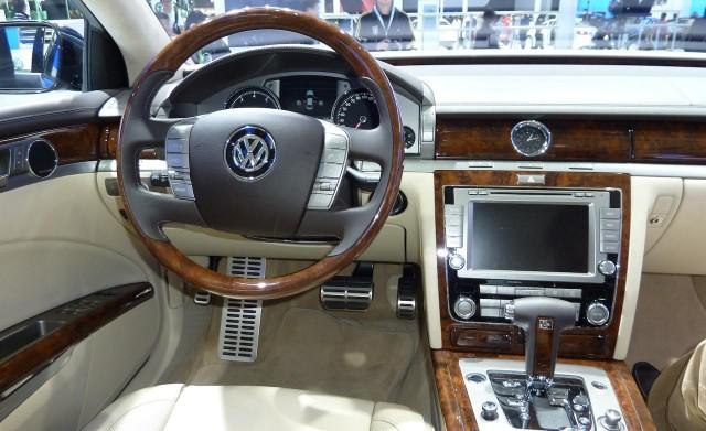 Un nuevo Volkswagen Phaeton en 2018 o 2019 3
