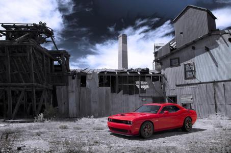 Dodge-Challenger-SRT-Hellcat-2