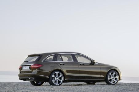 Mercedes-Benz-Clase-C-Estate-20