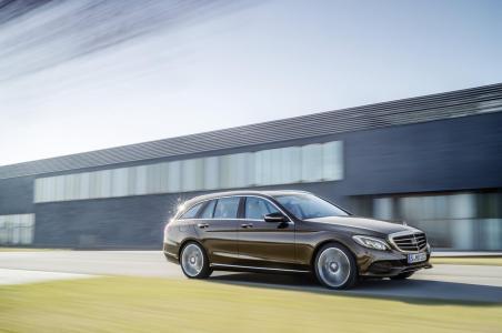 Mercedes-Benz-Clase-C-Estate-9