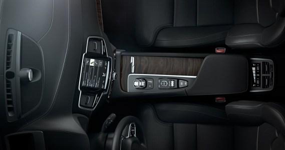 Volvo-XC90-2014-9