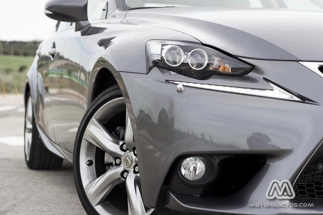 Prueba: Lexus IS 300h híbrido (equipamiento, comportamiento, conclusión) 7