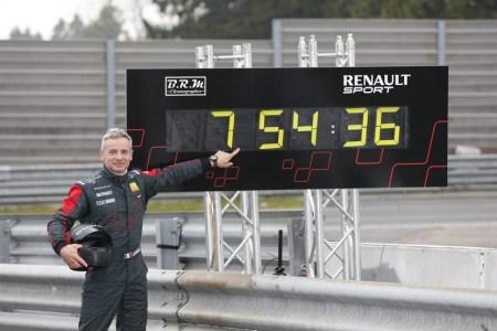 renault-megane-rs-tiempo-nurburgring-31