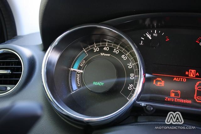 Prueba: Peugeot 3008 HYbrid4 (equipamiento, comportamiento, conclusión) 7