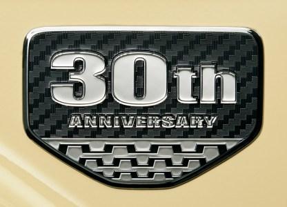 Toyota-Land-Cruiser-70-10