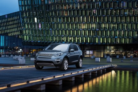 Land-Rover-Discovery-Sport-17