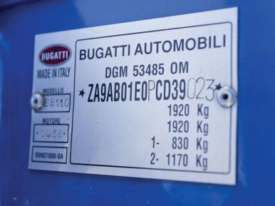 A subasta un Bugati EB110 GT