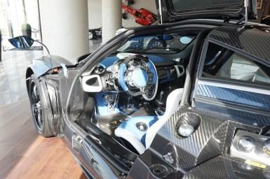 A la venta el único Pagani Huayra azul del mercado