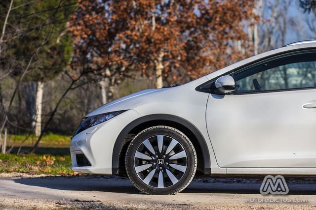 Prueba: Honda Civic Tourer 1.6 i-DTEC 120 CV Lifestyle (equipamiento, comportamiento, conclusión) 6