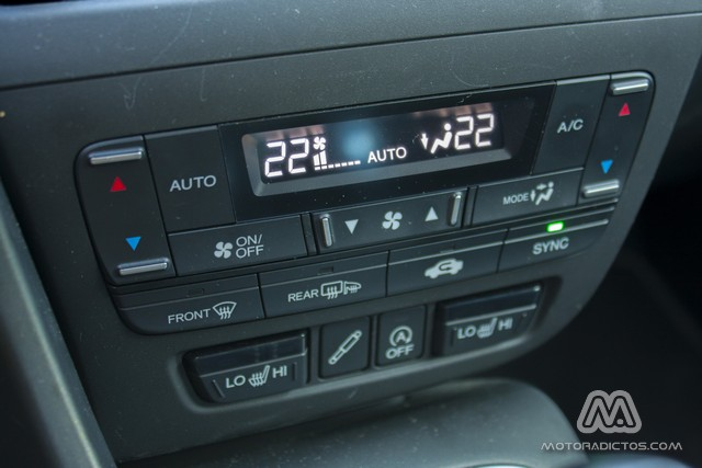 Prueba: Honda Civic Tourer 1.6 i-DTEC 120 CV Lifestyle (equipamiento, comportamiento, conclusión) 7