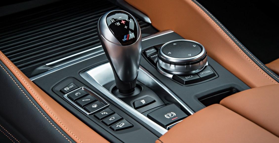 2015-BMW-X6M-121