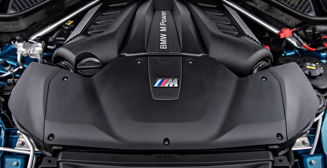 2015-BMW-X6M-133