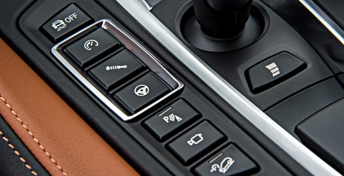 2015-BMW-X6M-138