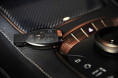 brabus-850-60-biturbo-coupe-interior-10.jpg