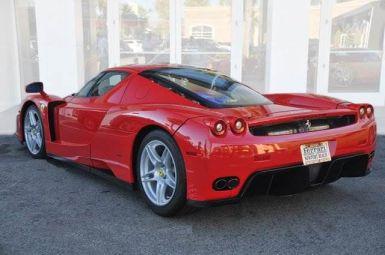Ponen a la venta un Ferrari Enzo con 8.150 kilómetros