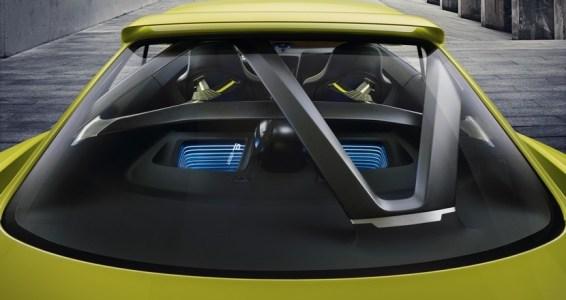 BMW-30-CSL-Hommage-13