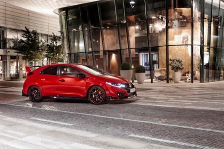 2015-Honda-Civic-Type-R-16
