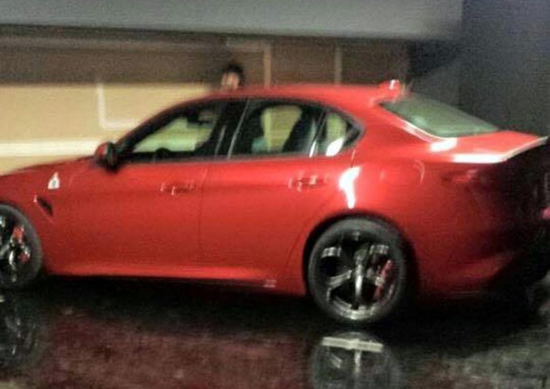 ¡Al descubierto! Alfa Romeo GIulia QV, filtrado antes de tiempo 1