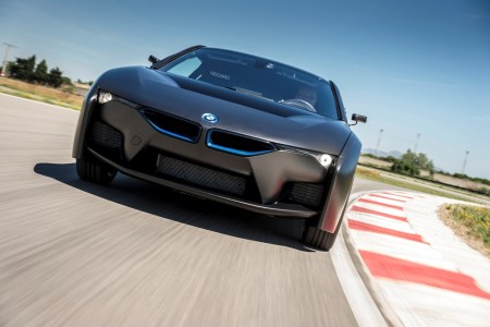 BMW-i8-Hydrogen-Fuel-Cell-Concept-5