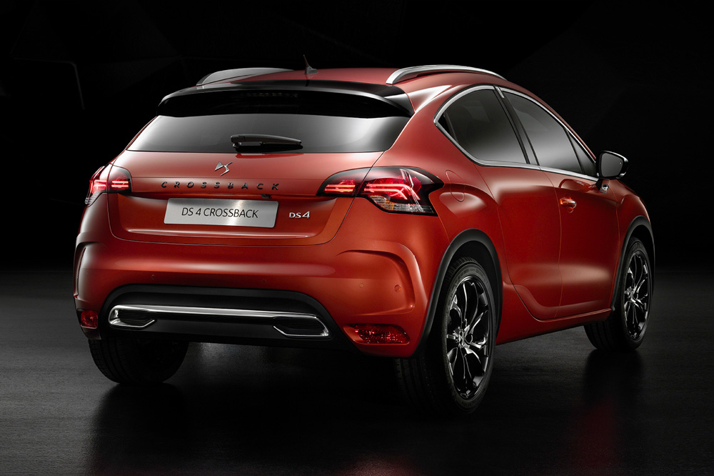 DS4-Crossback-2015-1