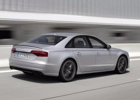 Audi S8 Plus: Te catapultará hasta los 305 km/h con sus 605 CV de potencia