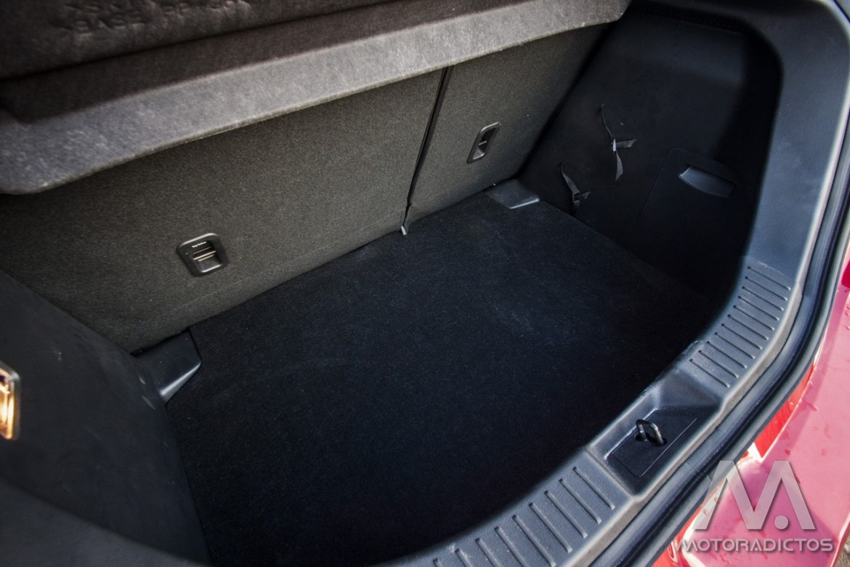 Prueba: Mazda 2 SkyActiv-G 75 CV Style+ (diseño, habitáculo, mecánica) 6