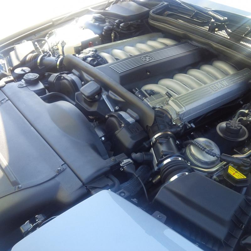 ¿Quieres un BMW 850i con 1.790 kilómetros? Esta puede ser tu oportunidad... 3