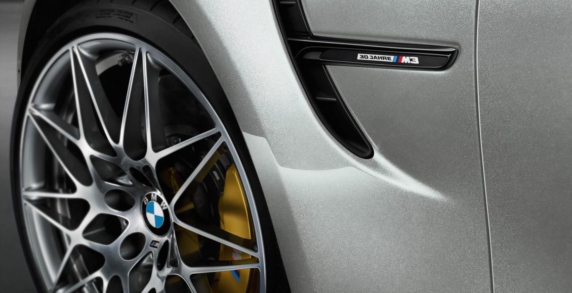 BMW M3 '30 Jahre': 500 unidades para celebrar el 30 aniversario 7