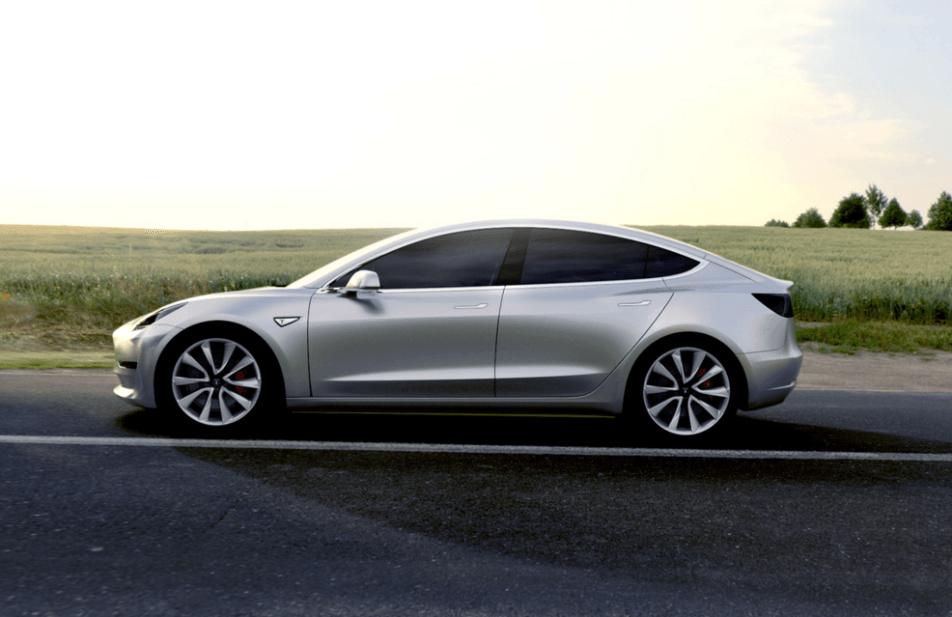 Era de esperar: Los propietarios del Tesla Model 3 tendrán que pagar por usar los Supercharger 1