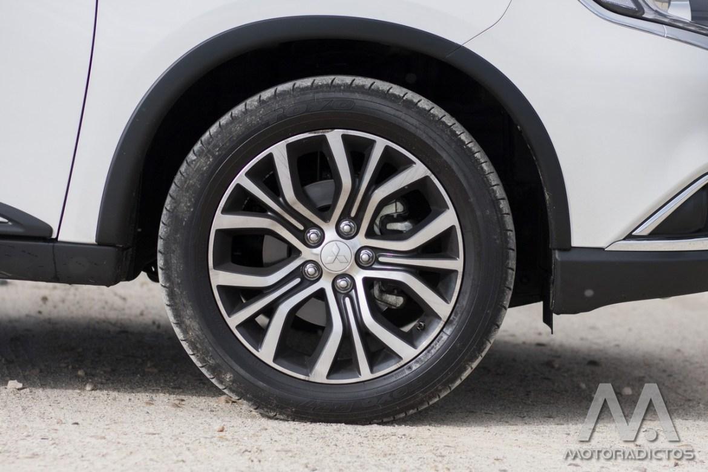 Prueba: Mitsubishi Outlander 220 DI-D 150 CV 2WD (diseño, habitáculo, mecánica) 9