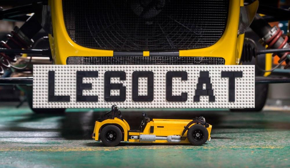 lego-caterham-620r-detalle
