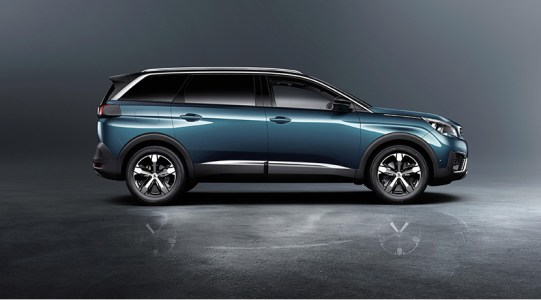 El nuevo Peugeot 5008 se transforma en un SUV siguiendo la estela de sus rivales