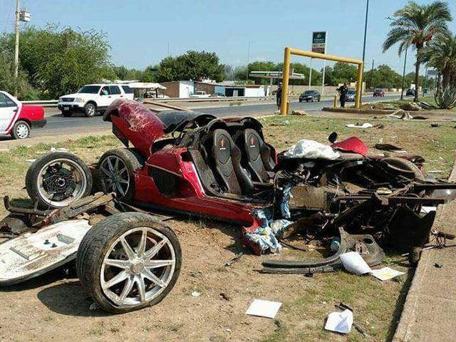 Espectacular accidente de un Koenigsegg CCX Custom Vision valorado en 1,2 millones de euros 6