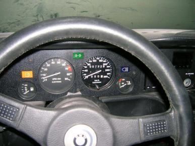 El BMW M1 abandonado durante 34 años en un garaje volverá a latir
