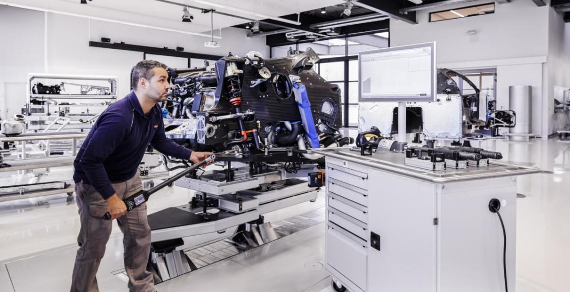 bugatti-necesita-de-6-meses-para-fabricar-una-unidad-del-chiron-que-otras-curiosidades-tiene-el-modelo-04