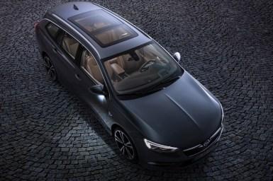 Opel Insignia Sports Tourer 2017: Más grande, elegante y deportivo